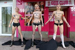 Femen-Ua-x16-07dc633s74.jpg